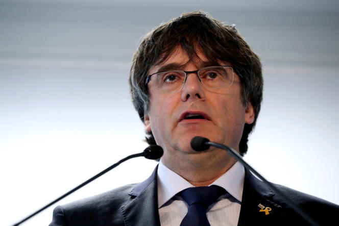 Former Catalan president Carles Puigdemont presents his candidacy and 'Junts per Catalunya' party list, for the European Election, during a news conference in Brussels, Belgium April 10, 2019.   REUTERS/Yves Herman