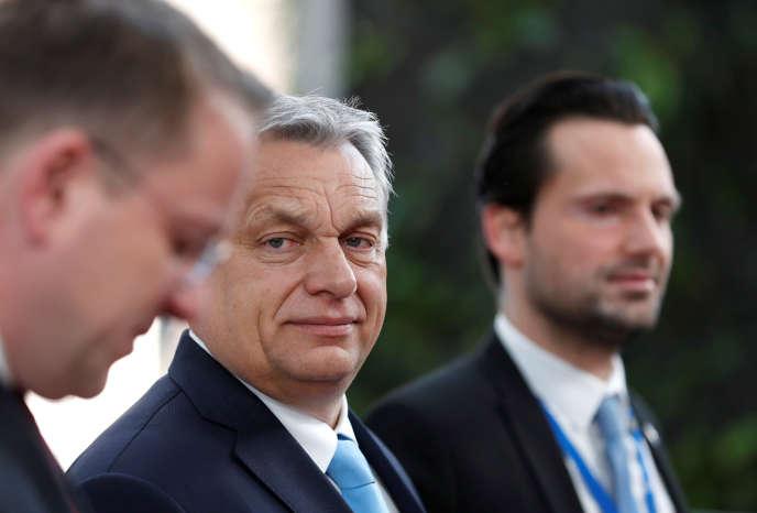 Le premier ministre hongrois Viktor Orban, à son arrivée à un conseil européen d'urgence sur le Brexit, à Bruxelles, le 10 avril.