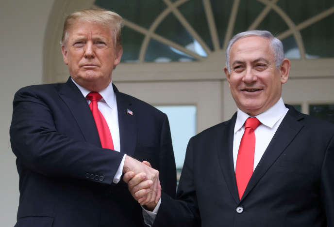 Le président américain, Donald Trump, avec le premier ministre israélien Benyamin Nétanyahou à la Maison Blanche, à Washington, le 25 mars.