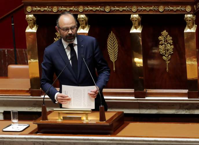 French Prime Minister Edouard Philippe addresses MPs on the subject of the 'Great National Debate' at the National Assembly in Paris on April 9, 2019. / AFP / Thomas SAMSON