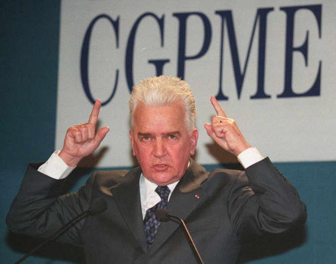 Le président de la CGPME, Lucien Rebuffel, en février 1997.