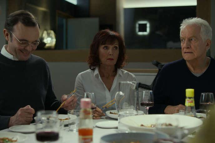 Eric Berger, Sabine Azéma et André Dussollier dans« Tanguy, le retour», d'Etienne Chatiliez.