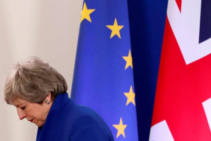 La première ministre Theresa May, à l'issue d'un conseil extraordinaire des leaders européens sur le Brexit, organisé le 11 avril, à Bruxelles.