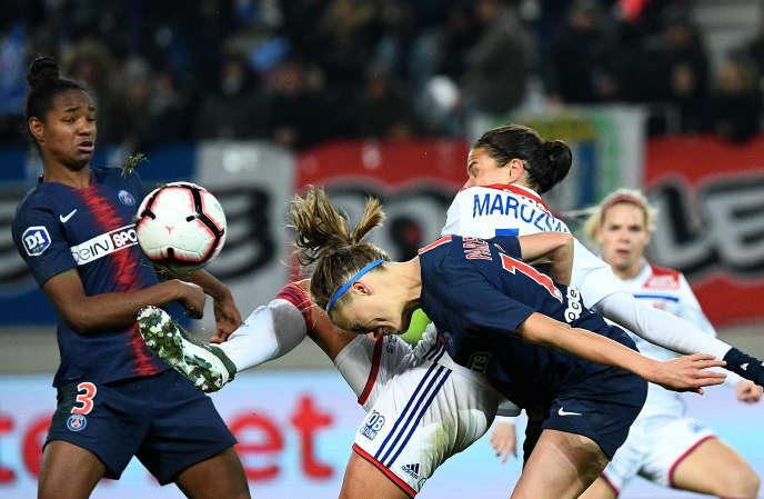 Les joueuses de l'OL et celles du PSG se livrent en général de rudes oppositions.