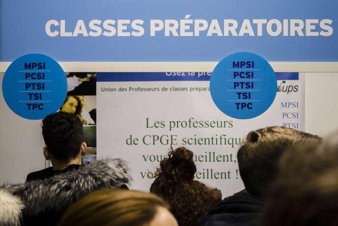 «Un standard unique s'impose : celui de la grande université de recherche. Ce schéma inspire, avec ardeur et constance, les politiques publiques françaises depuis une décennie environ.»