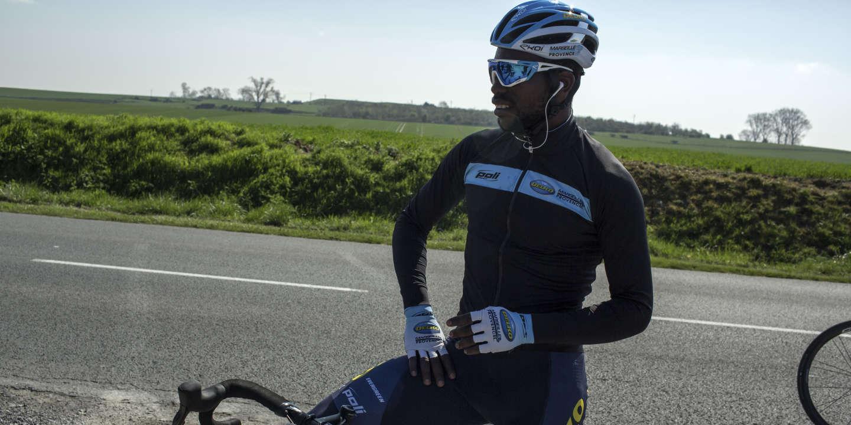 Les Hauts de France, le 11 avril 2019. Entrainement de l'équipe cycliste Delko Marseille Provence. pour la course Paris-Roubaix.  Joseph Areruya.