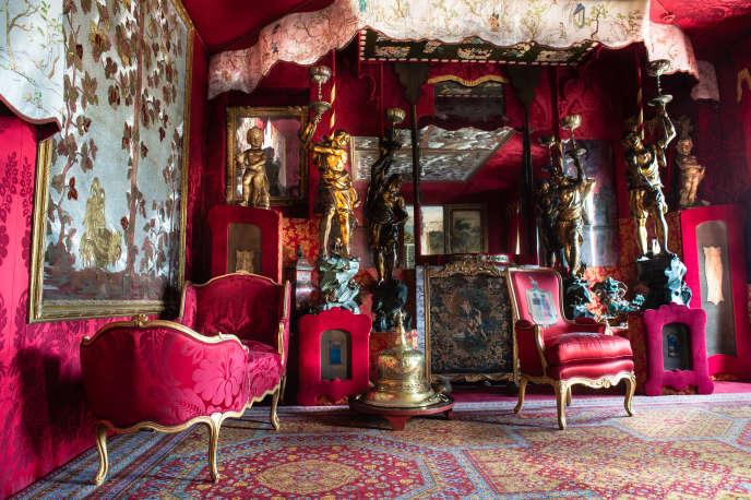 Le salon rouge de la maison de Victor Hugo, àGuernesey (îles Anglo-Normandes).