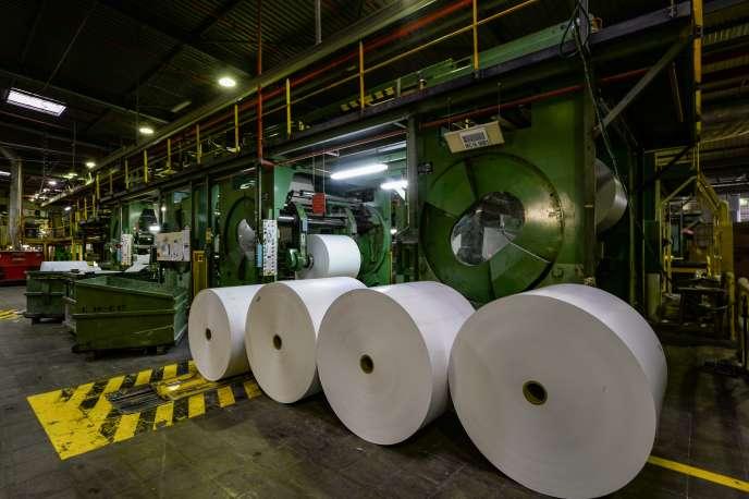 A l'usine Arjowiggins de Bessé-sur-Braye (Sarthe), le 27 mars.