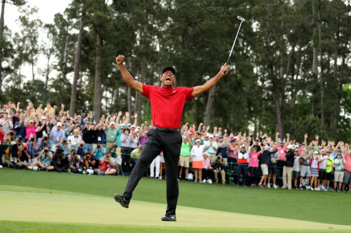 Tiger Woods, après sa victoires à Augusta, le 14 avril.