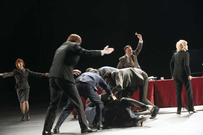 «Ça ira (1) Fin de Louis», écrit et mis en scène par Joël Pommerat, en juin 2015, au théâtre des Amandiers, à Nanterre.