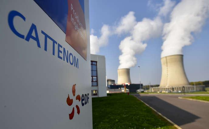La centrale nucléaire de Cattenom, située en Lorraine, sur les bords de la Moselle.Paris veut éviter que le secteur du nucléaire soit exclu des activités jugées compatibles avec la contrainte environnementale.