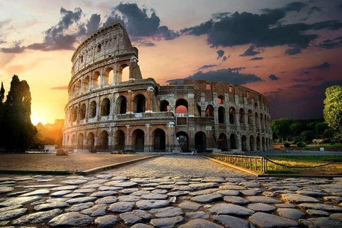 Les ruines du Colisée, à Rome.