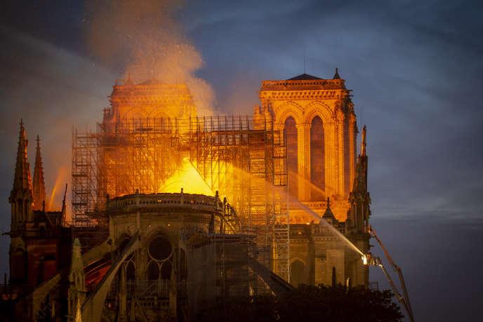 La cathédrale Notre-Dame de Paris a été ravagée par les flammes, après qu'un incendie a pris dans les combles de l'édifice,le 15 avril.