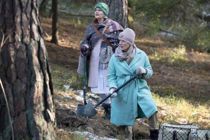 Sissela Kyle (Cecilia) et Lotta Tejle (Jeeny) dans la série«Braquage à la suédoise».