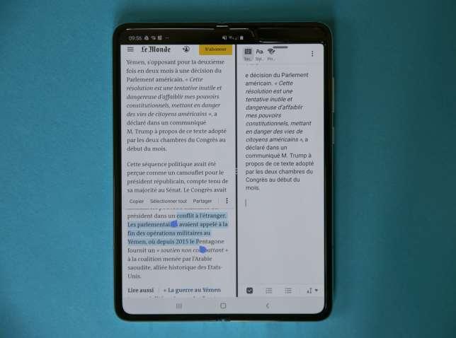 Diviser l'écran en deux permet, par exemple, de copier des fragments de texte d'une page Web vers une application de notes.
