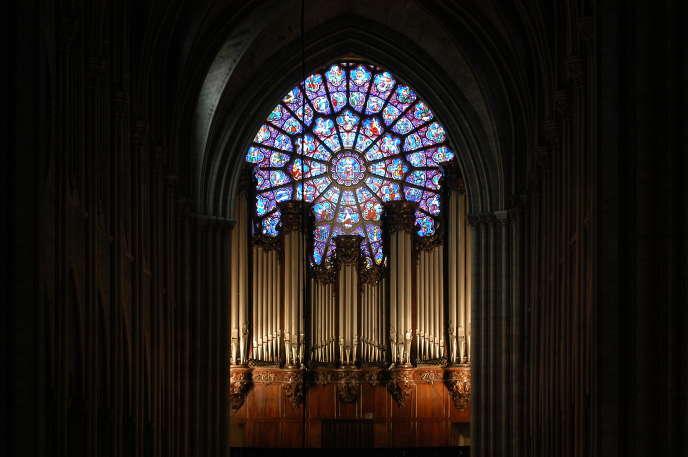 L'orgue de tribune de Notre-Dame de Paris, en février 2004.
