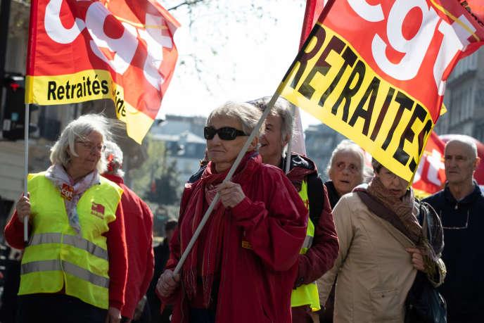 Les retraités manifestent, le 11 avril à Paris, pour demanderla suppression totale de la hausse de la CSG et une revalorisation de leurs pensions.