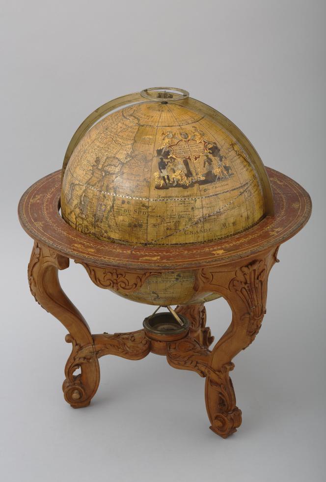 Globe terrestre de 1728, de l'abbé Jean Antoine Nollet et Louis Borde.