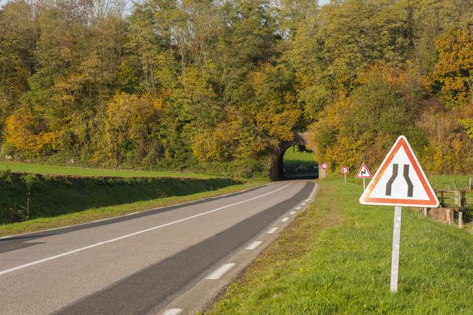17 % des 12 000 kilomètres de chaussées entretenues par l'Etat sont en « très mauvais état » et 36 % « moyennement endommagées », selon ules résultats d'un audit dévoilé en 2018.