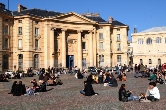 Selon les chiffres de l'Insee, 35% des 400000étudiants de l'agglomération parisienne sont originaires d'une autre région de France.