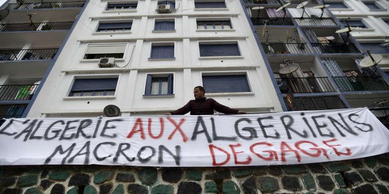 A Béjaia, le 26 mars 2019, durant les marches de manifestation contre le système Bouteflika.