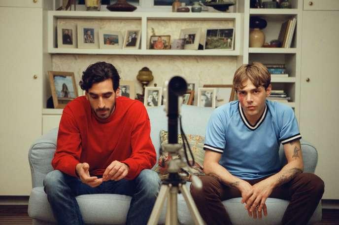 Gabriel D'Almeida Freitas et Xavier Dolan, «Matthias et Maxime», de Xavier Dolan.