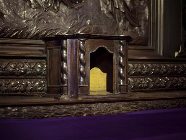 Le tabernacle del'église Saint-Pierre de Montluçon (Allier) a été fracturé au pied de biche le 9avril. Des voleurs sont partis avec les hosties.