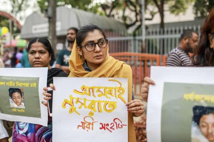 Le 12 avril 2019, des Bangladaises manifestaient à Dacca, après l'assassinat de Nusrat Jahan Rafi.