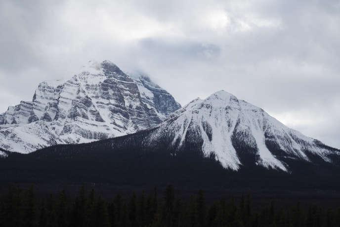 Le pic Howse (3 295 mètres) dans le parc national de Banff, dans l'Alberta (Canada), en avril 2017.