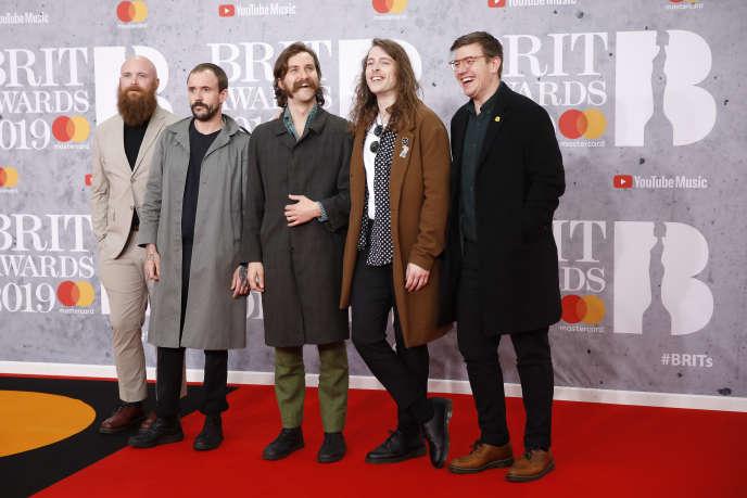 Joe Talbot, Adam Devonshire, Mark Bowen, Lee Kiernan et Jon Beavis forment le groupe punk-rock anglais Idles (ici, à la cérémonie des BRIT Awards, à Londres, le 20 février).