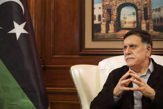 Faïez Sarraj, président du conseil présidentiel et premier ministre du gouvernement d'union nationale de Libye. Dans son bureau à Tripoli, le 20 avril 2019.