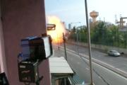 Capture d'écran d'une vidéo montrant l'explosion de l'église Saint-Antoine, à Colombo (Sri Lanka), le dimanche 21 avril 2019.