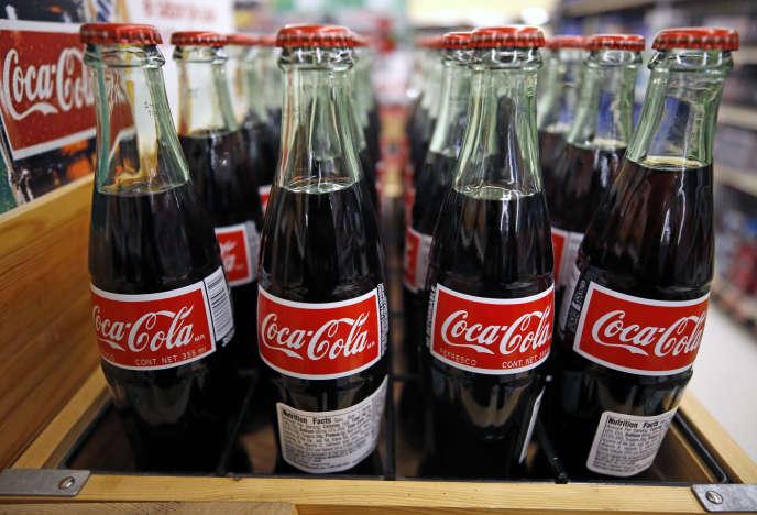 Bouteilles de Coca-Cola dans un supermarché de Pittsburgh (Pennsylvanie).