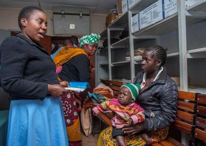 Lancement de la campagne de vaccination expérimentale contre le paludisme, mardi 23 avril, au Malawi.