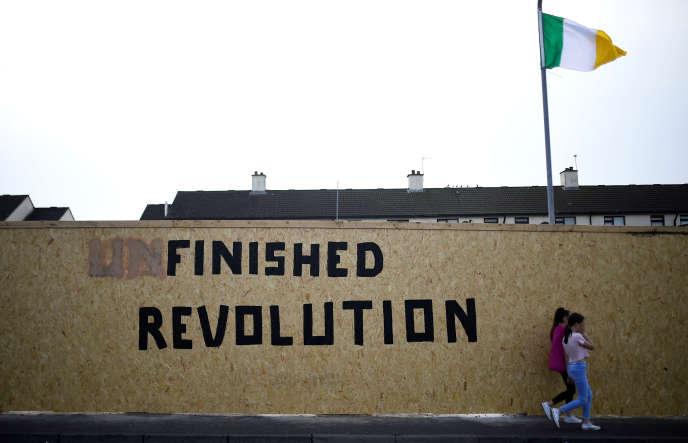 Dans le quartier de Creggan, à Londonderry, en Irlande du Nord, le 19 avril.