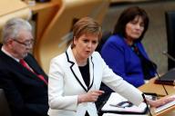 La première ministre écossaise, Nicola Sturgeon, s'exprimant devant le Parlement écossais, le 24 avril 2019.