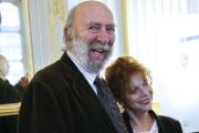 Jean-Pierre Marielle avec sa femme Agathe Natanson à Paris, en octobre 2014.