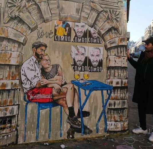 La fresque de Combo, dans le 13e arrondissement de Paris, avant d'être peinturlurée en noir.