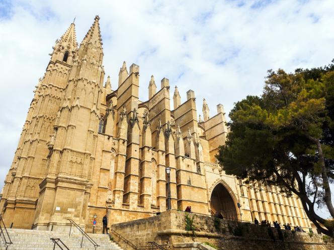 La cathédrale, la Seu, est le monument emblématique de Palma.