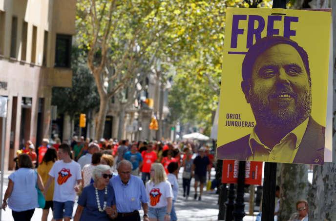 Oriol Junqueras a été élu député, alors que le parquet a requis contre lui vingt-cinq ans de prison pour son rôledans la tentative de sécession de la Catalogne en 2017.
