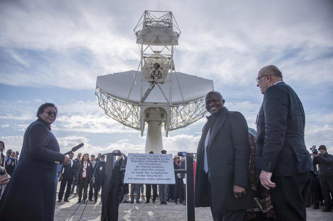 Le vice-président sud-africain David Mabuza, lors de l'inauguration d'un radiotélescope à Carnarvon (Afrique du Sud), le 13 juillet 2018.