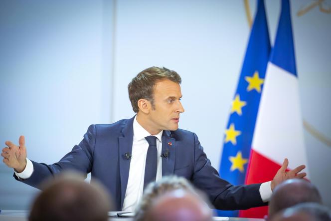 Emmanuel Macron lors de sa conférence de presse dans la salle des fêtes de l'Elysée, le 25 avril.