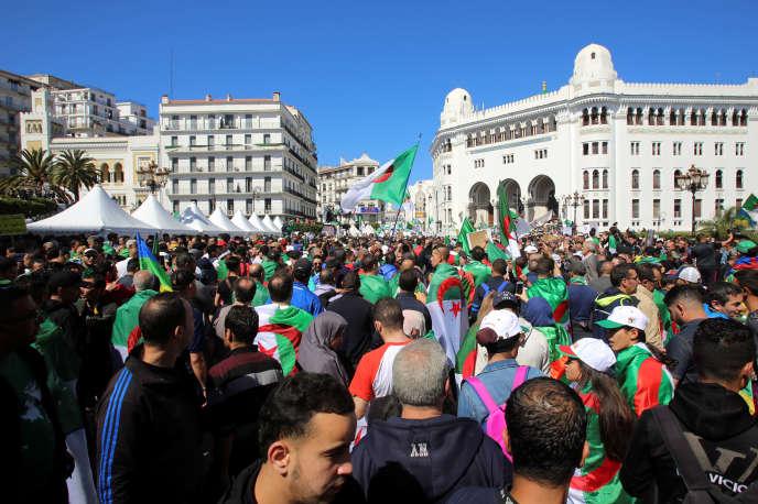 A Alger, le 26 avril.