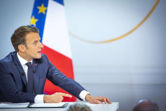 Emmanuel Macron à l'Elysée, à Paris, lors de la conférence de presse du 25 avril.
