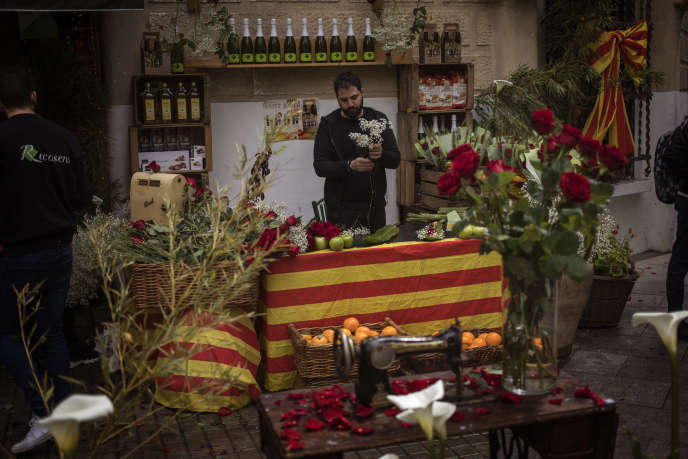 A l'occasion de la Sant Jordi, le 23 avril, à Barcelone.
