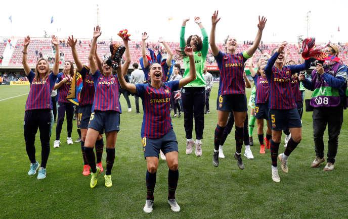 Les Barcelonaises après leur qualification en finale de la Ligue des champions aux dépens du Bayern Munich, le 28 avril.