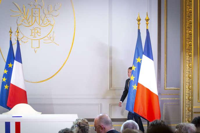 Le président Emmanuel Macron lors d'une conférence de presse à l'Elysée à Paris, le 25 avril.