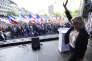 Marine Le Pen lors d'un rassemblement organisé par le parti d'extrême droite tchèque SPD, à Prague, le 25 avril.