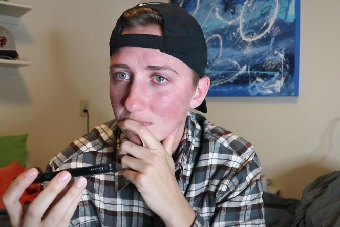 L'un des jeunes gays qui témoignent dans le documentaire de Denis Parrot,«Coming Out».