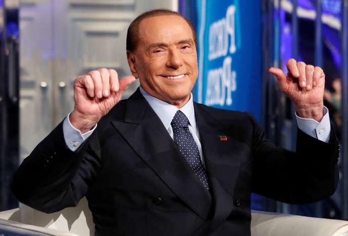 L'ancien président du conseil italien Silvio Berlusconi lors d'un talk-show, en janvier 2018. Vulgaire,Berlusconi?